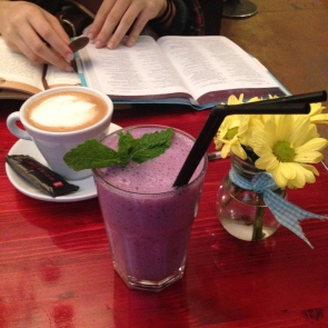 Blueberry smoothie @ Milk